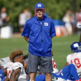 coach Tom Coughlin of the Giants