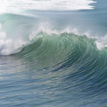 wave-2189_640