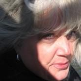 Linda J Bottjer